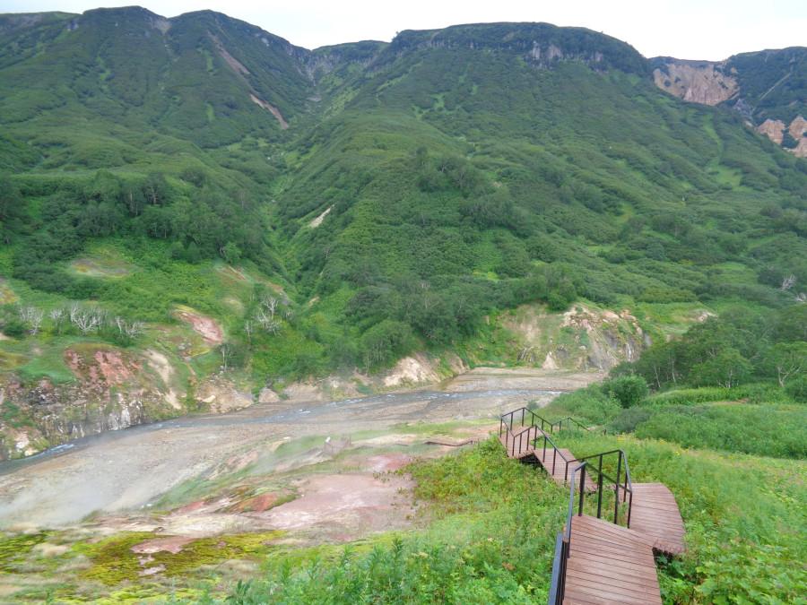 Долина - река