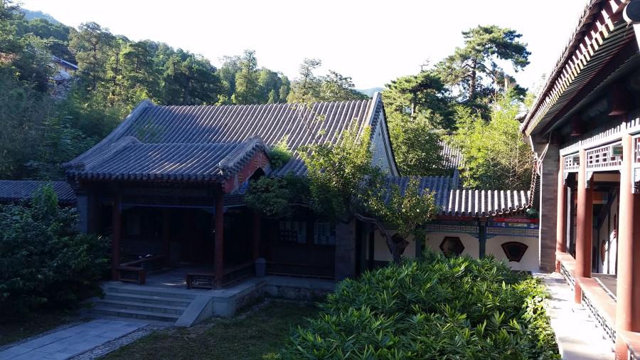 Крыши микромонастыря