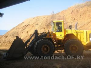 Добыча глинистого сырья в карьере
