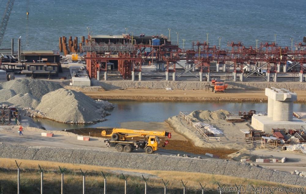 Строительство Керченского моста. Часть 5. 25.08.2016, Крымская сторона. IMG_1653