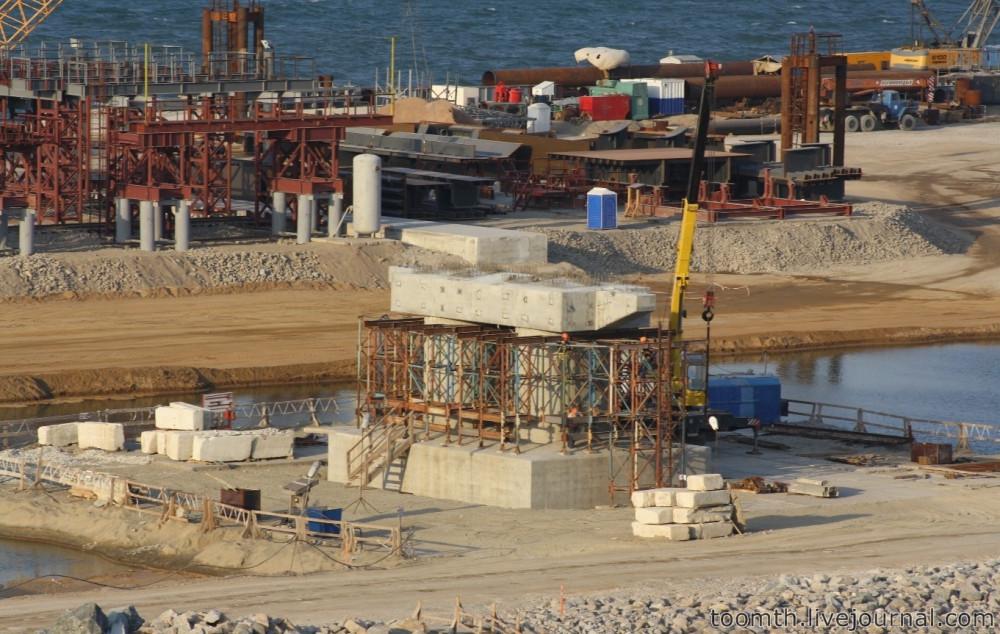Строительство Керченского моста. Часть 5. 25.08.2016, Крымская сторона. IMG_1662