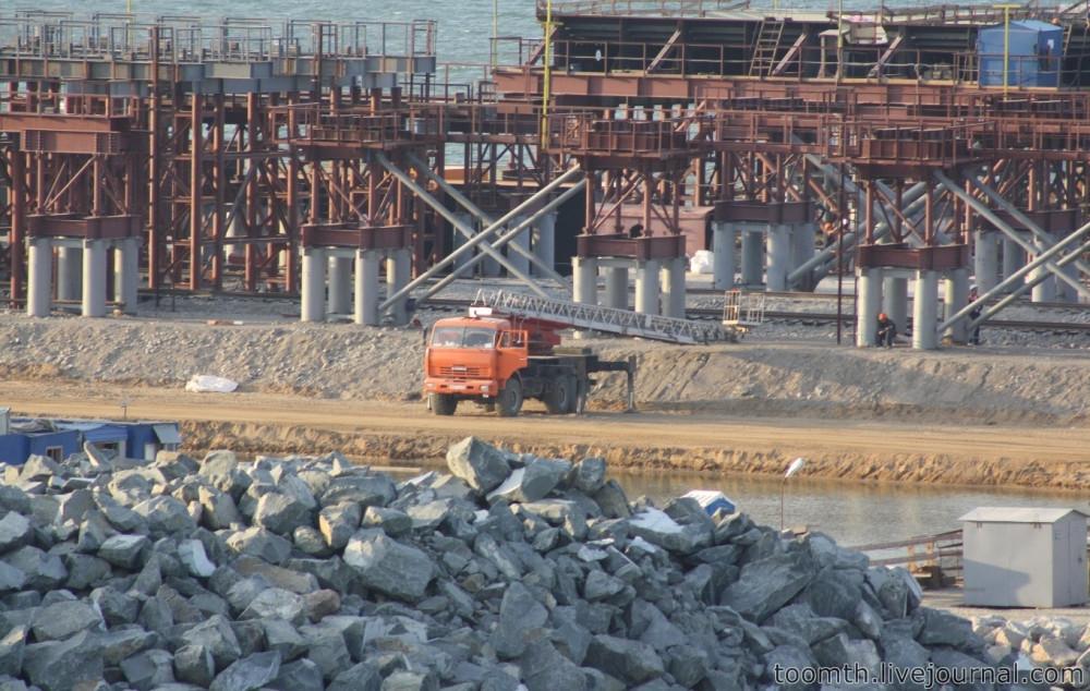 Строительство Керченского моста. Часть 5. 25.08.2016, Крымская сторона. IMG_1826