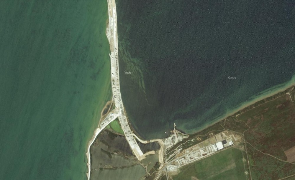Обновлённые фото Крымского моста со спутника. Яндэкс. 6
