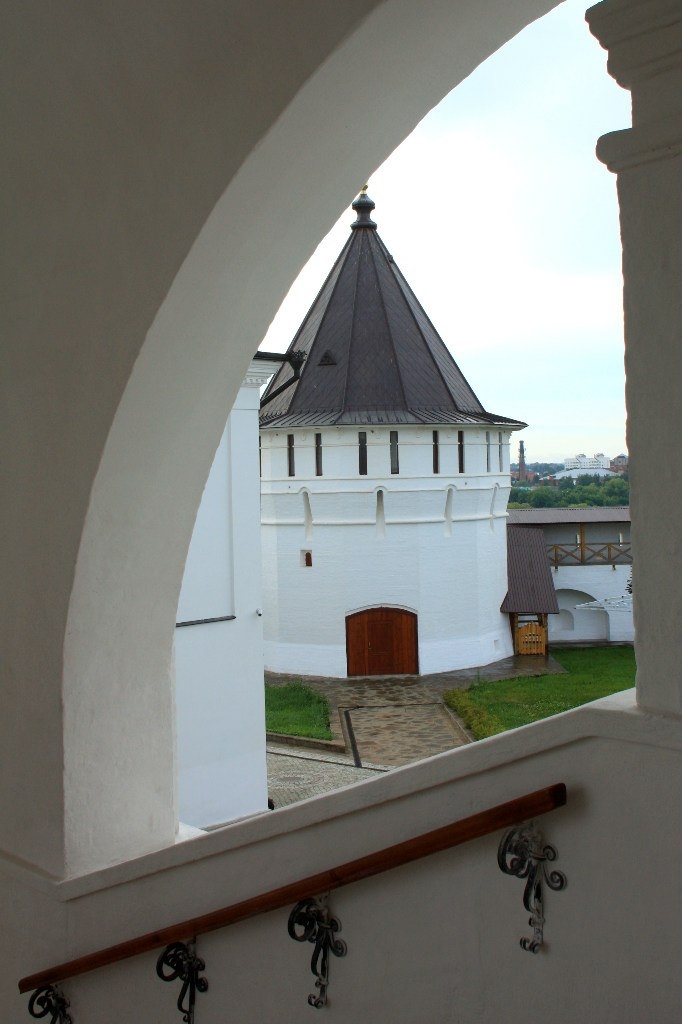 Высоцкий мужской монастырь4