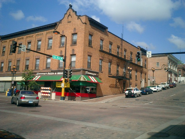 Kingsley Heights Apartments and Sammy's Pizza