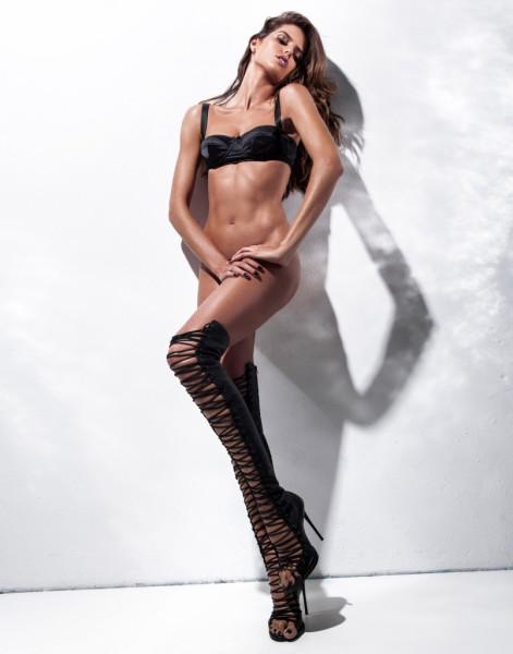 Izabel-Goulart-GQ-Brasil-10-804x1024