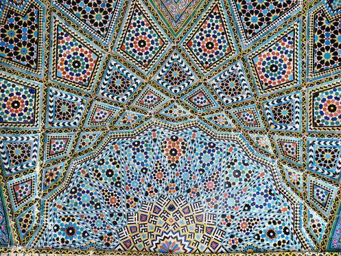 800px-nasr_ol_molk_mosque_vault_ceiling_2