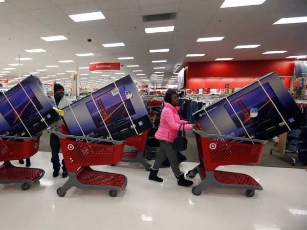 target-hit-by-a-major-black-friday-data-breach-involving-customers-credit-card-information
