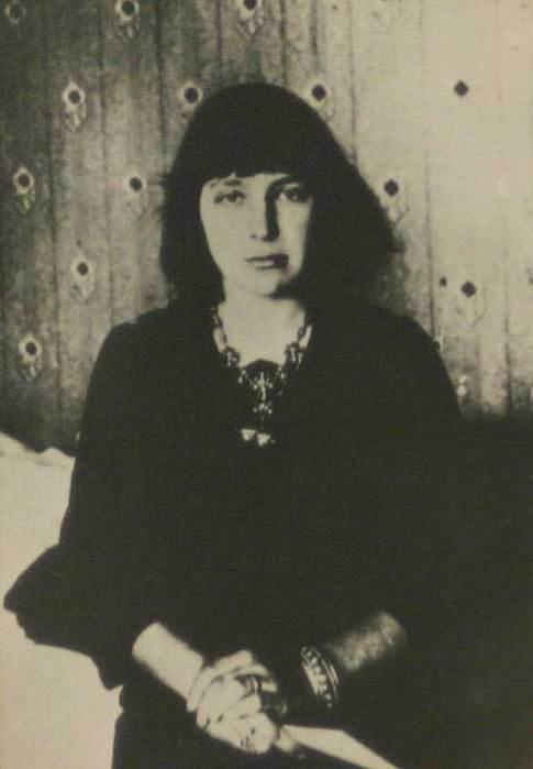 Marina_Cvetaeva_1914_god