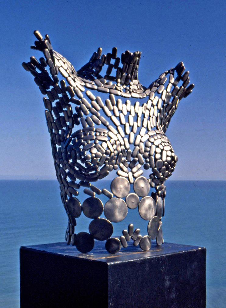 Stephen-Fitz-Gerald-sculpture-Venus-and-Her-Twin-Moons