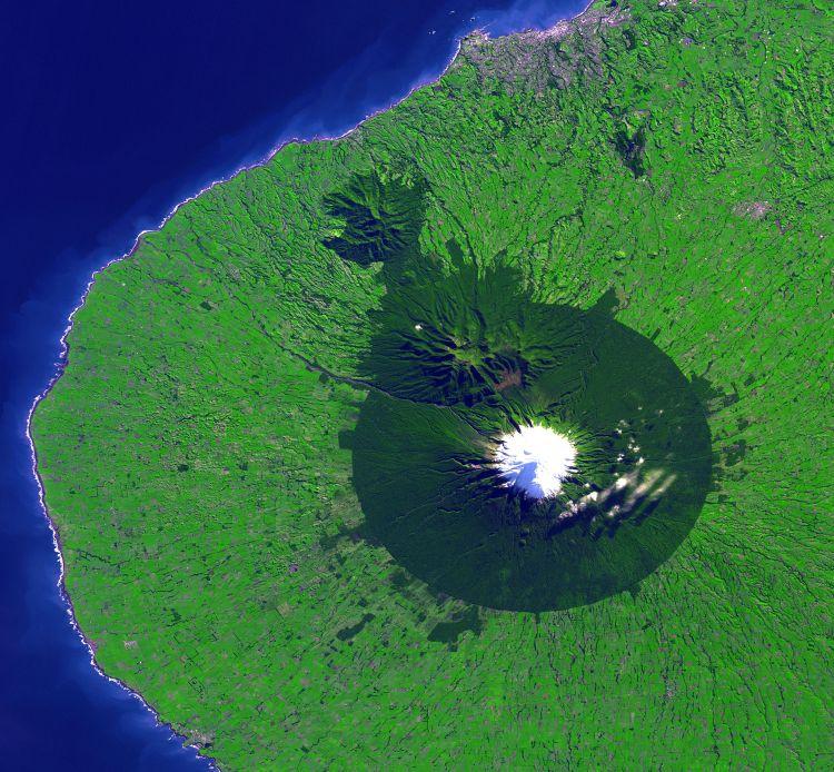 taranaki_volcano_nz