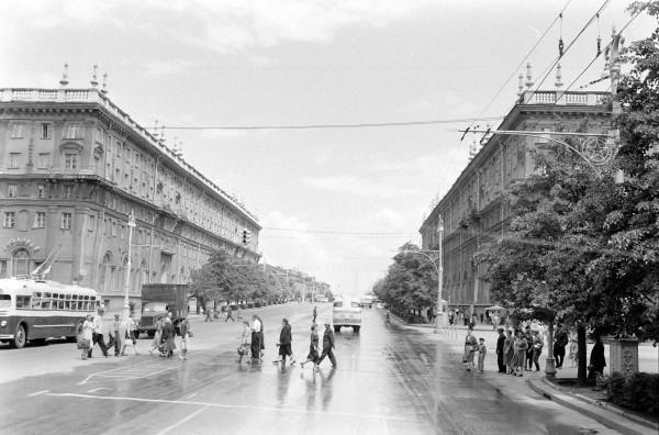 1_minsk_prospekt_1960