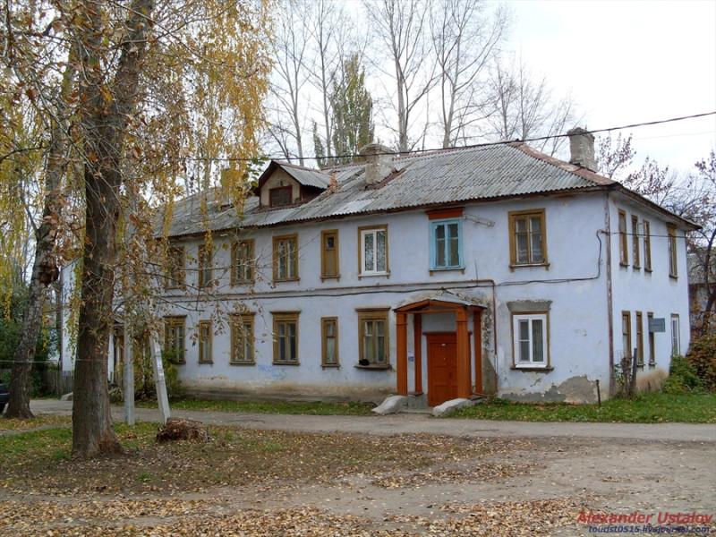http://ic.pics.livejournal.com/tourist0515/77754507/170380/170380_800.jpg