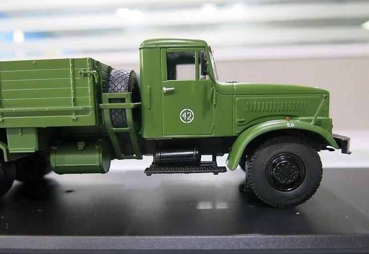 SSM1070 КрАЗ-257Б1 бортовой (армейский) (9)