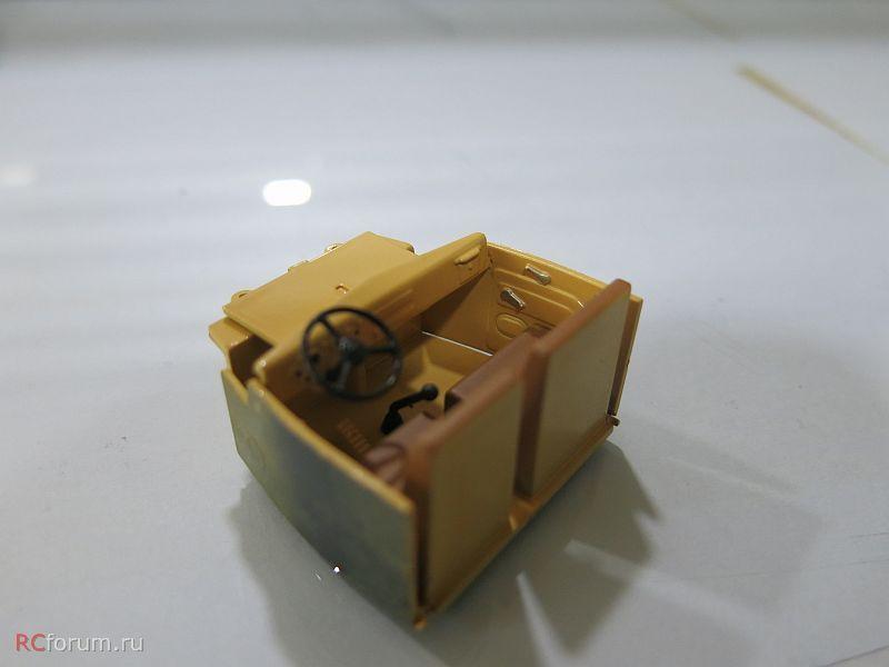 SSM1071 КрАЗ-257Б1 бортовой (двухцветный) (10)