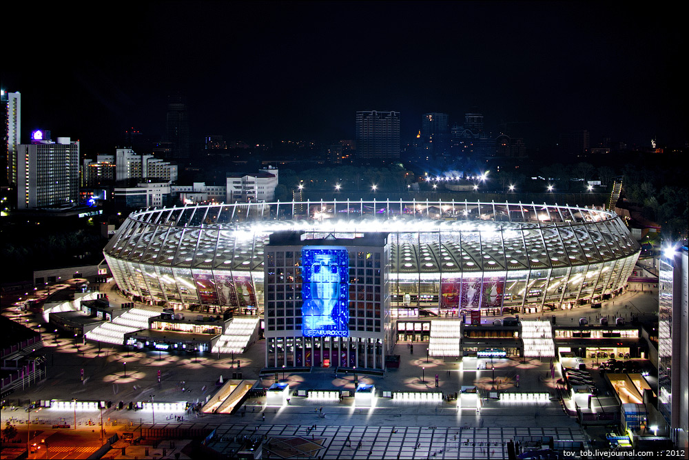 Картинки по запросу финал Евро 2012 Олимпийский