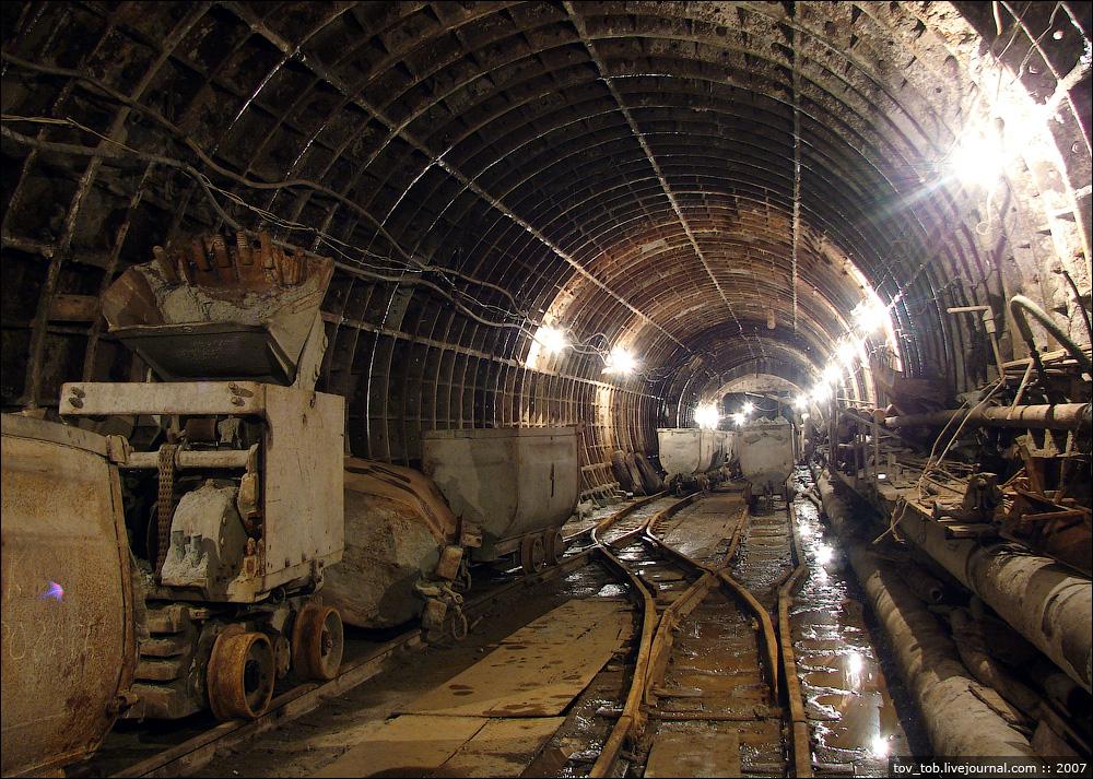 Анекдот про метрополитен и тоннель