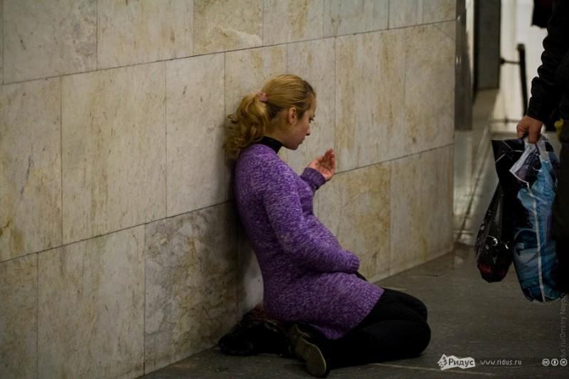 Эротические рассказы на тему девочка попрошайка фото 346-760