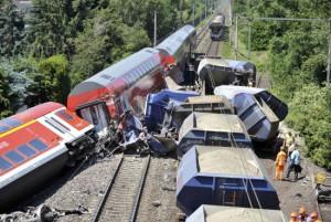 столкновения поездов