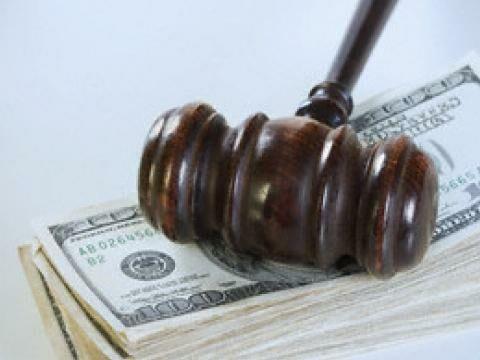 Взятки в российском суде - обычное дело