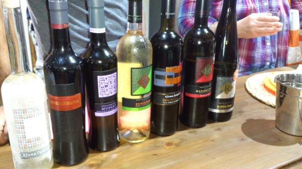Второе вино из жмыха винограда в домашних