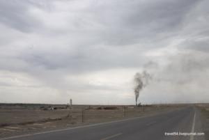 Завод в пустыне
