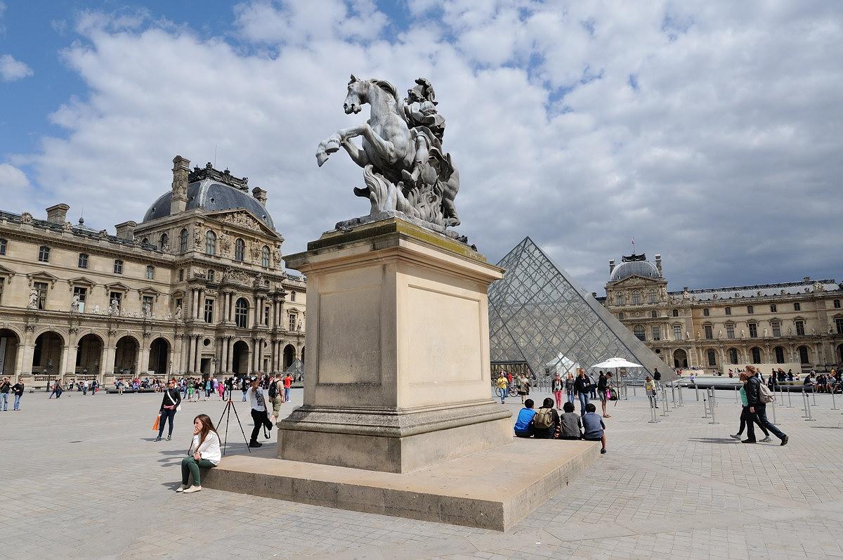 035-paris-web