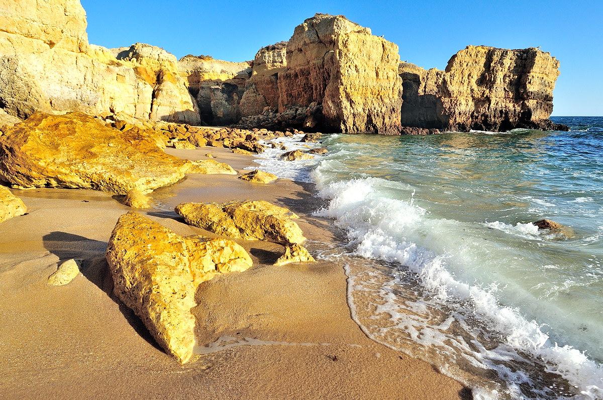 075-praia_do_castelo-web