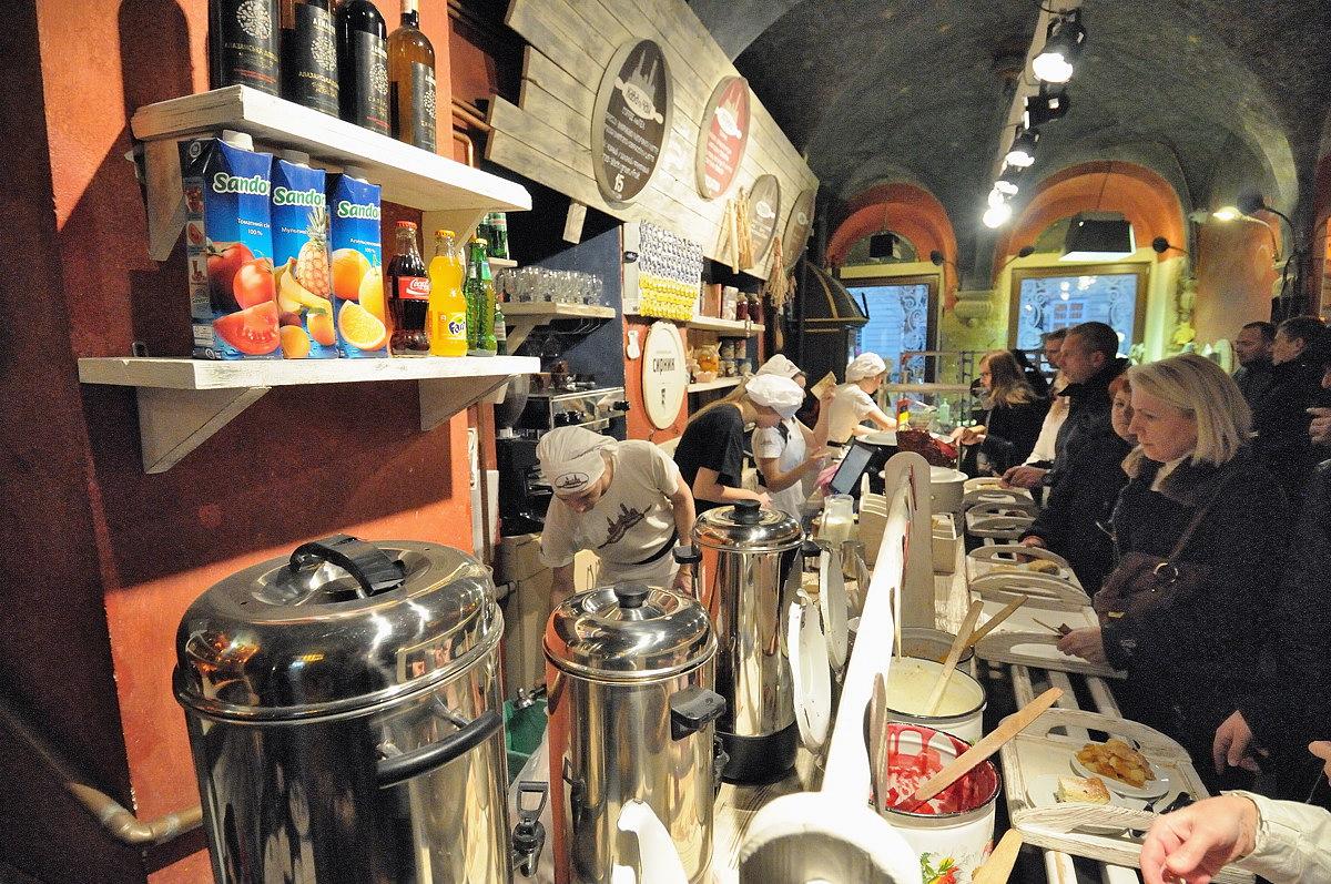 143-lviv_cafe-web