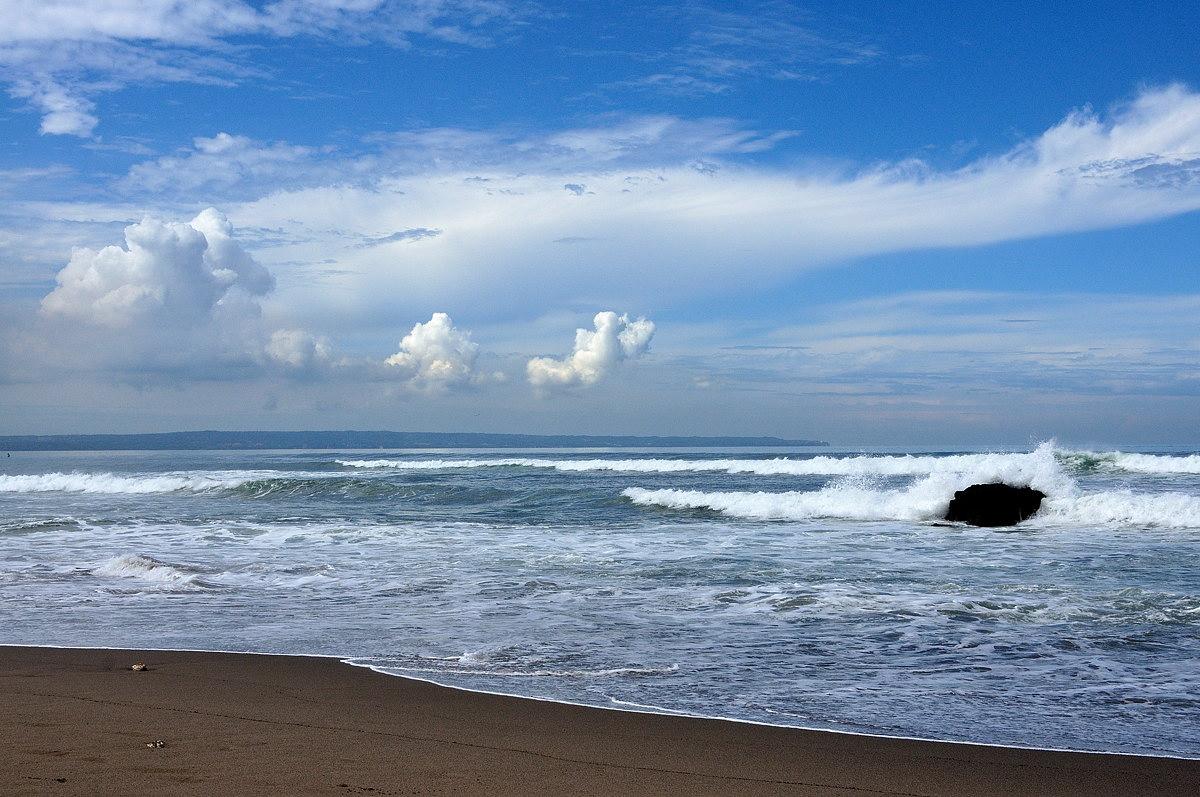 море песок микро бикини