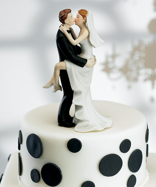 Great-wedding-cake-toppers-funny-unique