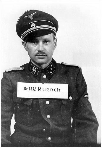Ганс Мюнх.jpg