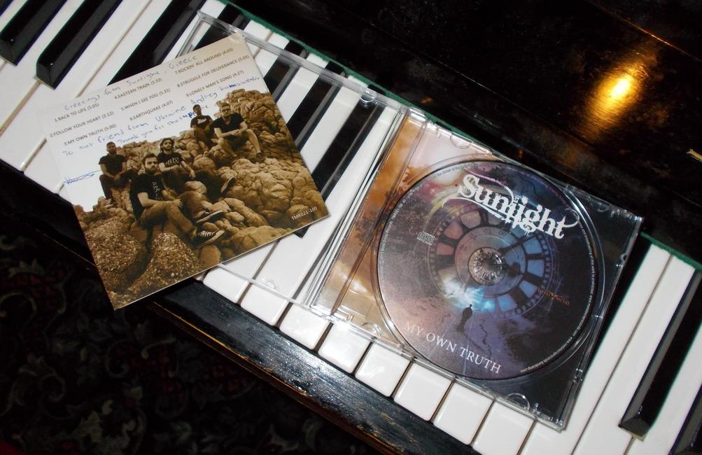 SUNLIGHT-02-CD.JPG
