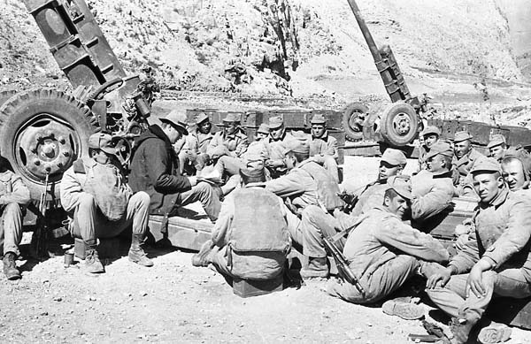Советские артиллеристы в Афганистане