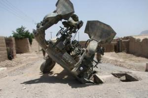M777_upsidedown1