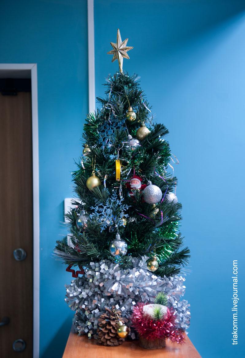 Новогодняя ёлочка в офисе «ТРИА Комплекс инженерных систем»