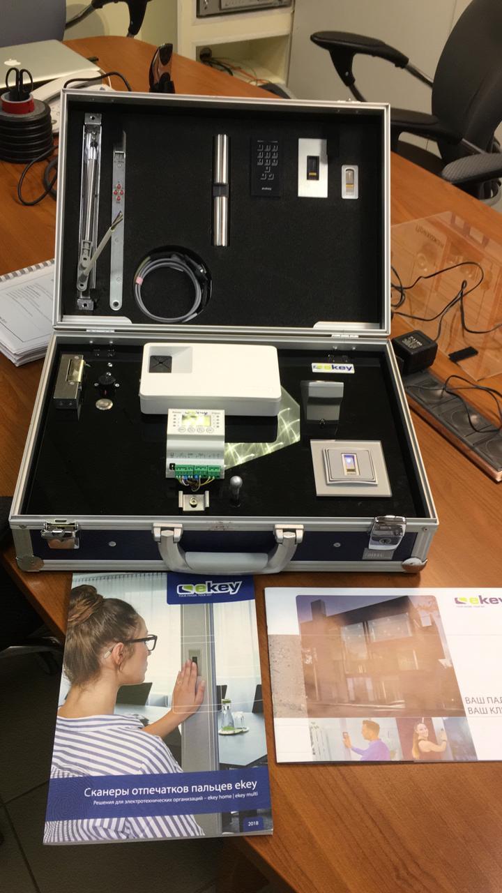 Шоу-кейс Ekey Biometric Systems GmbH для СКУД