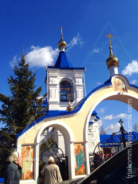 Церковь Иконы Божьей Матери Черниговской в деревне Санино Владимирской области