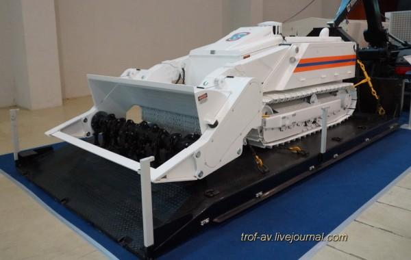 Робототехнический комплекс разминирования легкого класса MV-4
