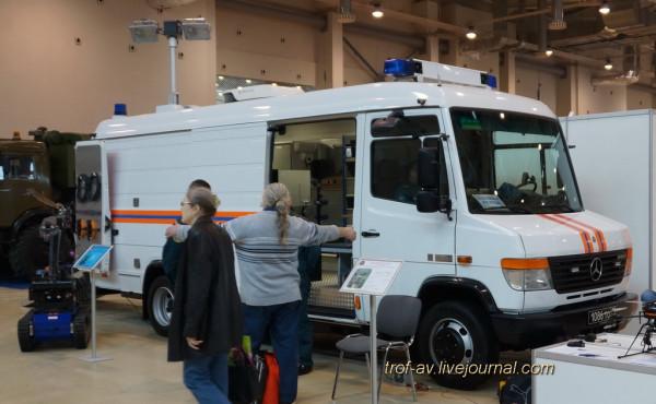 Многоцелевой автомобиль технической поддержки-пункт управления TEL630-L