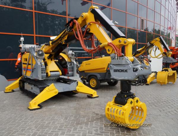 Робототехнический комплекс BROKK-330D фирмы BROKK (Швеция)