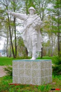 Воин с цветами, Солнечногорск