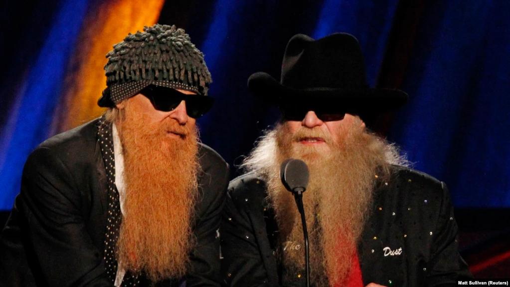 Билли Гиббонс и Дасти Хилл ведут церемонию включения в Зал рок-славы, архив