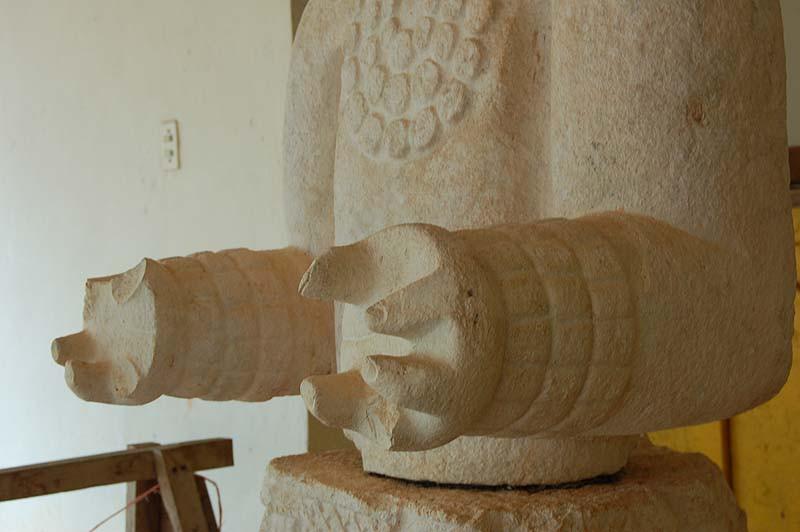 Неуместные артефакты, найденные в древних ритуальных сооружениях