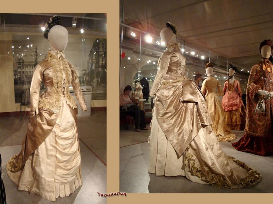 Выставка Платья Васильева