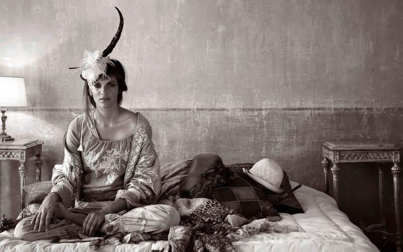 Фото женщин в кровати 11 фотография