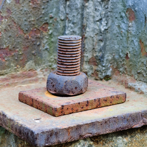 rusted-nut-bolt (1)