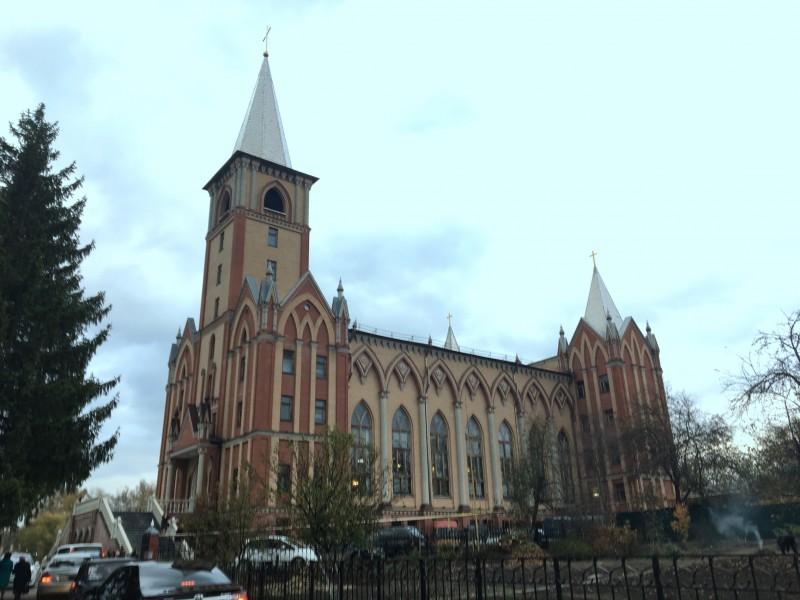 Храм Возрождение Бежицкой церкви ЕХБ в г.Брянске