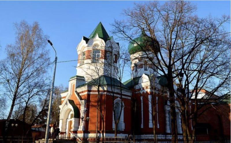 Дом молитвы церкви ЕХБ в г.Санкт-Петербурге, который пытался поджечь неизвестный человек
