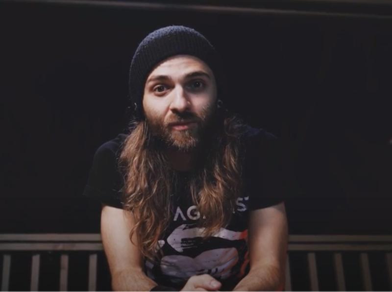 Андрей Максимов. Скриншот его видео.